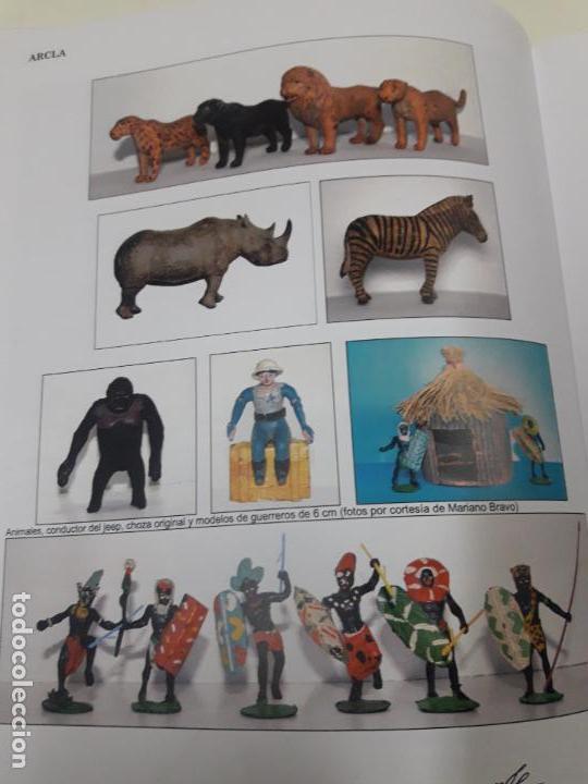 Figuras de Goma y PVC: CONDUCTOR DE JEEP . POSIBLEMENTE REALIZADO POR ARCLA ?? DETALLE EN EL LIBRO DE JUAN HERMIDA - Foto 10 - 148054178