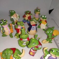 Figuras Kinder: LOTE DE 12 COCODRILOS CAIMANES HUEVOS KINDER SORPRESA. Lote 148140538