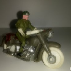 Figuras de Goma y PVC: MOTO MILITAR DE M. SOTORRES. AÑOS 60.. Lote 148315382