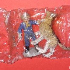 Figuras de Goma y PVC: RIN-TIN-TIN Y EL CABO RUSTY, GOMA, PECH, ORIGINALES AÑOS 60.. Lote 148586898