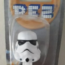 Dispensador Pez: DISPENSADOR CARAMELOS PEZ STORMTROPPER STAR WARS. Lote 148747854