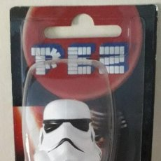 Dispensador Pez: DISPENSADOR CARAMELOS PEZ STORMTROOPER STAR WARS. Lote 148748406
