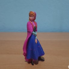 Figuras de Goma y PVC: ELSA DISNEY FROZEN PVC BULLY. Lote 149214918