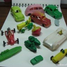 Figuras de Goma y PVC: COCHES EN DIVERSOS MODELOS, TRACTOR, ETC... AÑOS 60 JUGUETES DE KIOSKO.. Lote 146751334