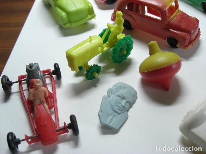 Figuras de Goma y PVC: Coches en diversos modelos, tractor, etc... Años 60 Juguetes de Kiosko. - Foto 6 - 146751334