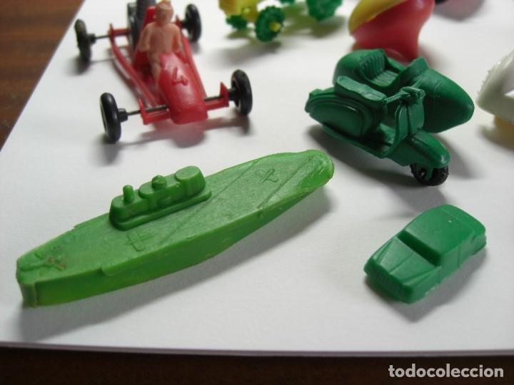 Figuras de Goma y PVC: Coches en diversos modelos, tractor, etc... Años 60 Juguetes de Kiosko. - Foto 11 - 146751334