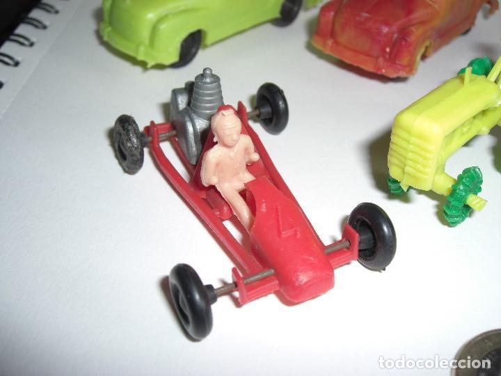 Figuras de Goma y PVC: Coches en diversos modelos, tractor, etc... Años 60 Juguetes de Kiosko. - Foto 2 - 146751334