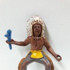 Figuras de Goma y PVC: GUERRERO INDIO PARA CABALLO CON ACCESORIO DESMONTABLE . REALIZADO POR M. SOTORRES . AÑOS 50 EN GOMA. Lote 149610814