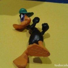 Figuras de Goma y PVC: FIGURA BULLY 1998 WARNER BROS ( EL PATO LUCAS ). Lote 149616190
