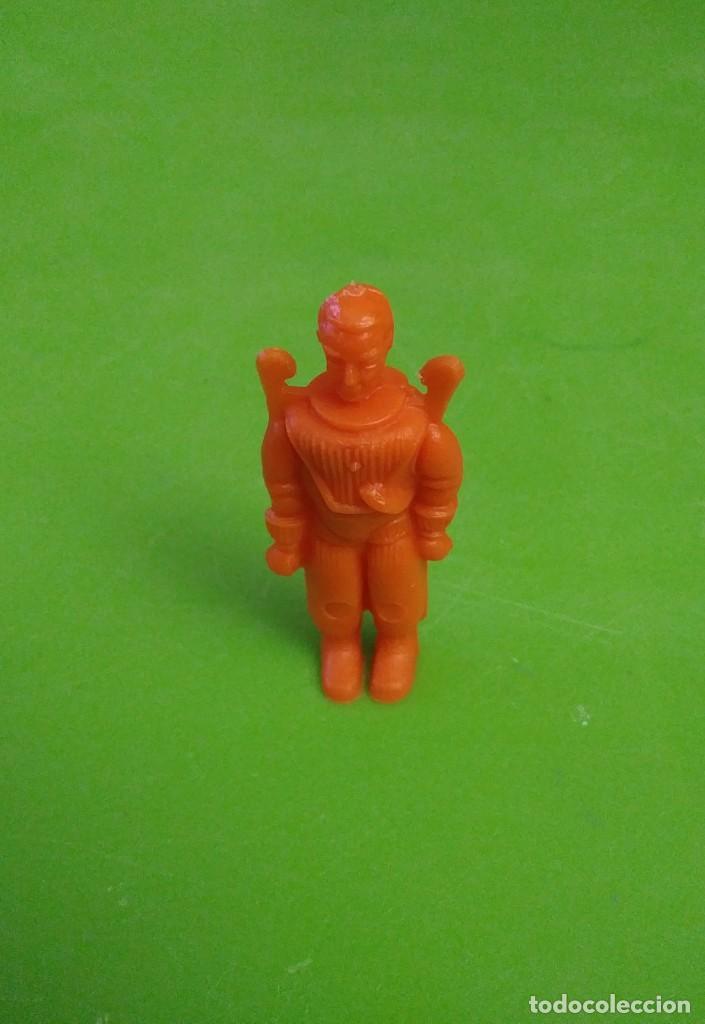 Figuras de Goma y PVC: Astronauta plastico de kiosco o pipero años 60 - Foto 2 - 149737578