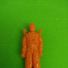 Figuras de Goma y PVC: ASTRONAUTA PLASTICO DE KIOSCO O PIPERO AÑOS 60. Lote 149737578