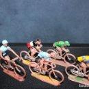 Figuras de Goma y PVC: 5 CICLISTAS PVC AÑOS 60. SOTORRES. Lote 150157062