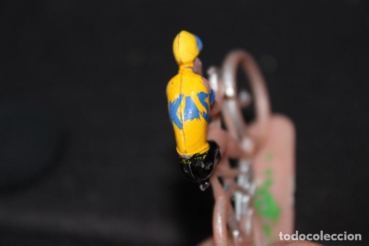 Figuras de Goma y PVC: 5 CICLISTAS PVC Años 60. Sotorres - Foto 8 - 150157062