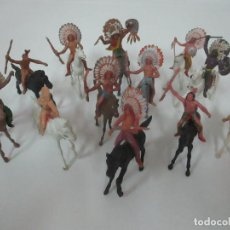 Figuras de Goma y PVC: LOTE DE 12 FIGURAS, INDIOS CON RIFLE A CABALLO - JECSAN, COMANSI, REAMSA - AÑOS 60. Lote 150213066