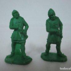 Figuras de Goma y PVC: 2 SOLDADOS MEDIEVALES - PLÁSTICO, GOMA - AÑOS 70. Lote 150225010