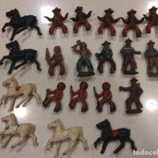 Figuras de Borracha e PVC: INDIOS Y VAQUEROS CAPELL O LAFREDO - 45 MM GOMA. Lote 150259234