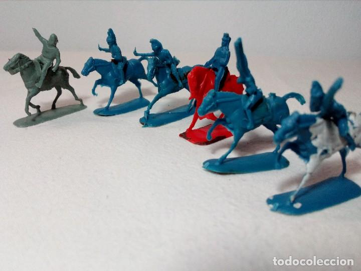 Figuras de Goma y PVC: BARATIJA DE KIOSKO (LOTE CABALLOS CON JINETE) SOLDADOS PLÁSTICO AÑOS 70/80 - Foto 7 - 150467254