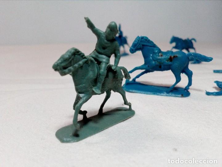 Figuras de Goma y PVC: BARATIJA DE KIOSKO (LOTE CABALLOS CON JINETE) SOLDADOS PLÁSTICO AÑOS 70/80 - Foto 12 - 150467254