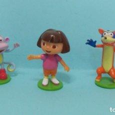 Figuras de Goma y PVC: DORA LA EXPLORADORA - CON SWIPPER Y BOTAS. Lote 150550614