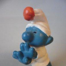 Figuras de Goma y PVC: LOS PITUFOS SMURFS PITUFO SONAMBULO DORMILON PVC PEYO GERMANY. Lote 150571470