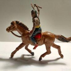 Figuras de Goma y PVC: INDIO ACABALLOPECH GOMA AÑOS 50 CON PUÑAL. Lote 150576954
