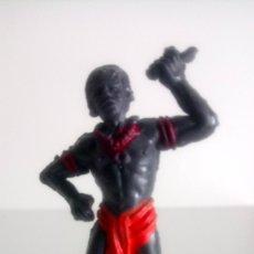 Figuras de Goma y PVC: FIGURA DE NEGRO COLECCIÓN SAFARI DE JECSAN.. Lote 150612768