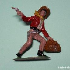 Figuras de Goma y PVC: FIGURA DEL OESTE. MARCA COMANSI. VAQUERO. COW-BOY. AÑOS 60. ESPAÑA. 6,5 CM ALTO.. Lote 150646474