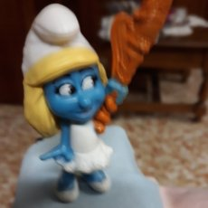Figuras de Goma y PVC: MUÑECO/FIGURA.- PITUFA - PITUFINA. Lote 150655656