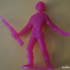 Figuras de Goma y PVC: MUÑECO PLASTICO DE SOLDADO DE COMANSI LOTE 2. Lote 232423450