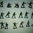 Figuras de Goma y PVC: LOTE SOLDADOS DEL MUNDO. . Lote 151004450