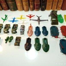 Figuras de Goma y PVC: GRAN LOTE DE TODO TIPO DE VEHÍCULOS - CAMIONES MILITARES, LANCHAS, AVIONES, ETC,ETC - AÑOS 60-70 -. Lote 151212798