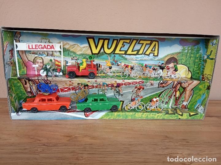 Figuras de Goma y PVC: Caja Vuelta Ciclista a España, años 60. - Foto 2 - 151390954