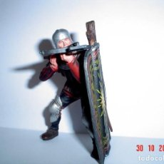 Figuras de Goma y PVC: GUERRERO MEDIEVAL-PVC. Lote 151458058
