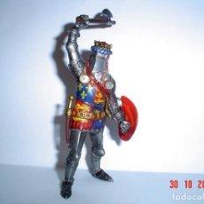 Figuras de Goma y PVC: GUERRERO MEDIEVAL-PVC. Lote 151458106