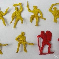 Figuras de Goma y PVC: 8 FIGURAS DE GUERREROS EN PVC DE MONTAPLEX ANTIGUAS DE LOS AÑOS 60. Lote 151669594