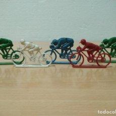 Figuras de Goma y PVC: LOTE DE 5 CICLISTAS SIN SOBRE. Lote 151984674