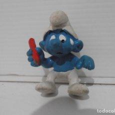 Figuras de Goma y PVC: FIGURA SERIE PITUFOS, PITUFO CON LAPICERO. Lote 152149326