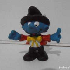 Figuras de Goma y PVC: FIGURA SERIE PITUFOS, PITUFO MAGO CON SOMBRERO. Lote 152150630