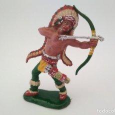 Figuras de Goma y PVC: FIGURA INDIO GRANDE LAFREDO AÑOS 60. Lote 152169486