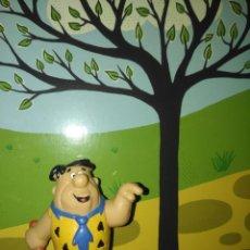 Figuras de Goma y PVC: FIGURA DE PVC DE PEDRO PICAPIEDRA FLINSTONES HANNA BULLY 1983. Lote 152374678
