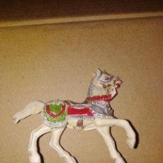 Figuras de Goma y PVC: CABALLO MEDIEVAL PVC REAMSA PLÁSTICO LAFREDO . Lote 152468530