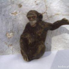 Figuras de Goma y PVC: LA MONA CHITA DE GOMA. Lote 152537218