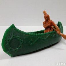 Figuras de Goma y PVC: CANOA INDIA CON REMERO INDIO . REALIZADO POR REAMSA . EN PLASTICO MONOCOLOR. Lote 152567146