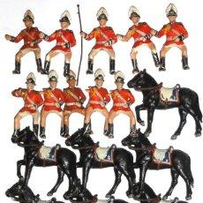 Figuras de Goma y PVC: SOLDADOS GUARDIA URBANA REAMSA PLÁSTICO AÑOS 60-70. Lote 152567438