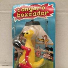 Figuras de Goma y PVC: JUGUETE CANGURO BOXEADOR DE SHAMBERS AÑOS 70. Lote 152846002
