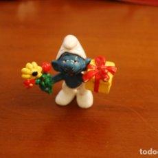 Figuras de Goma y PVC: PITUFO ENAMORADO. SCHLEICH. PEYO.. Lote 153140782