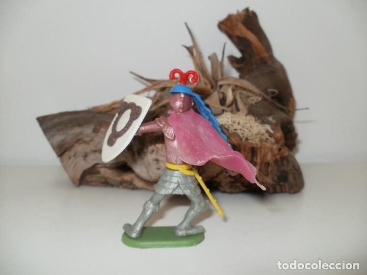 Figuras de Goma y PVC: FIGURA DE PLASTICO GUERRERO MEDIEVAL DESMONTABLE TIMPO TOYS - Foto 2 - 153455818