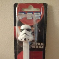 Dispensador Pez: DISPENSADOR PEZ STORM TROOPER EN CAJA - STAR WARS - CARAMELOS PEZ. Lote 153704786