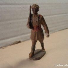 Figuras de Goma y PVC: FIGURA DE GOMA SOLDADO ESPAÑOL DE LAS FUERZAS REGULARES PECH. Lote 151426722