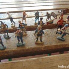 Figuras de Goma y PVC: FIGURA A ESCALA LOTE 13 SOLDADOS PINTADOS A MANO SOLDADOS VARIOS. Lote 153876902